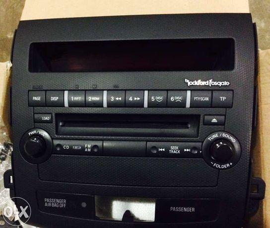 магнитола Rockford на Mitsubishi XL