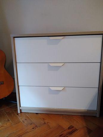 Comoda IKEA com 3 gavetas