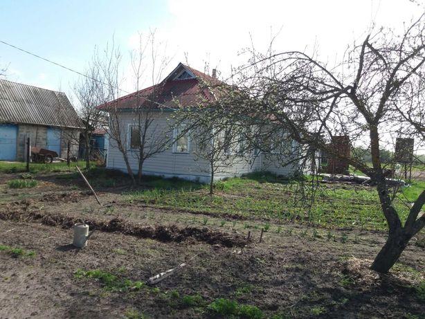 Продаж будинку з ділянкою 55 км від Києва
