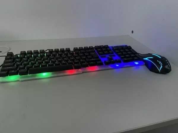 Клавиатура с мышкой с подсветкой