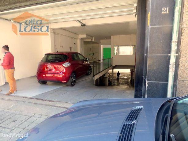 Garagem Auto com 1.000 m2 na Constituição