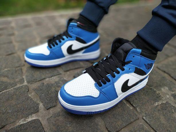 Кроссовки в стиле Nike Jordan