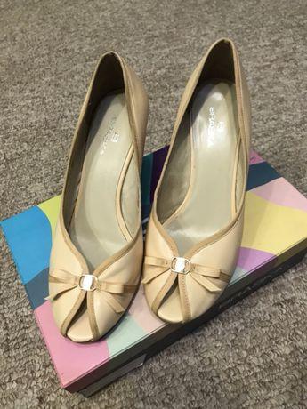 Туфли босоножки кожаные Brasca 38 размер 25 см