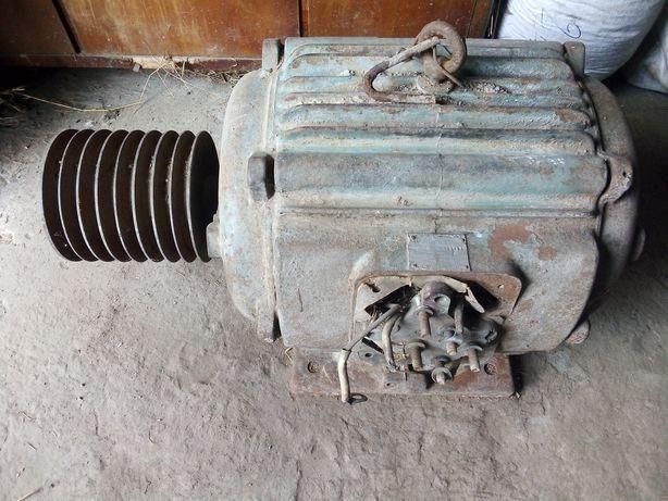 Двигун електричний 22 кВт