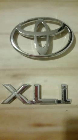 Znaczki Toyoty używane