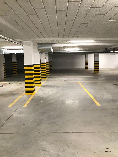 Miejsce parkingowe, Garaż, Kujawska Parking Ostrów Wlkp.