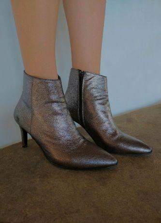 Ботинки демисезонные женские 39 р