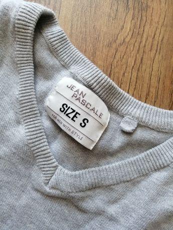 Szary sweterek męski