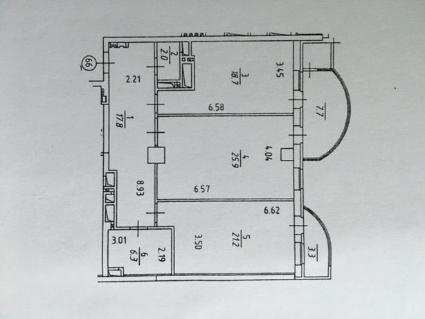 Продам 2 к. квартиру ЦЕНТР Леси Украинки 7А 104кв.м.