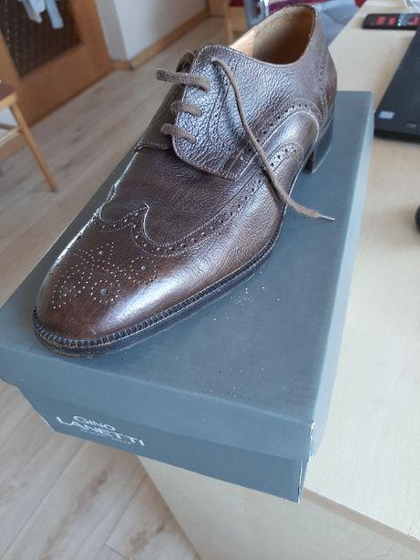 Brązowe eleganckie buty skórzane
