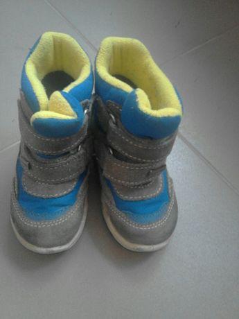Дутіки, чобітки зимові дитячі