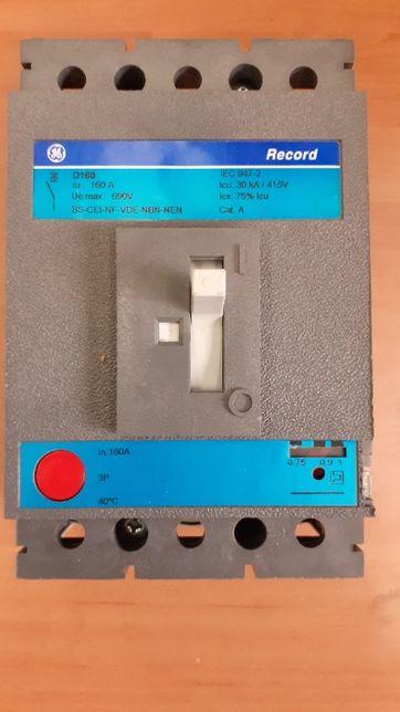Wyłącznik GE Record D160 160A