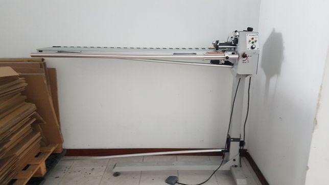 Maquina de cortar clorete