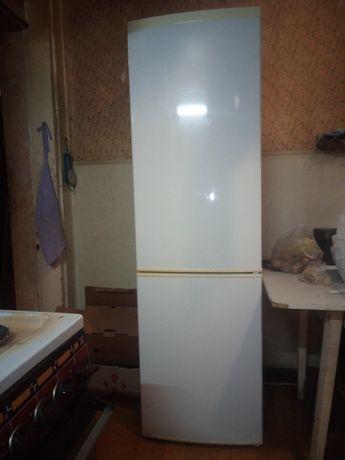 "Продам холодильник ""zanussi"""