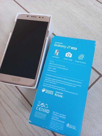 Телефон Samsung j7