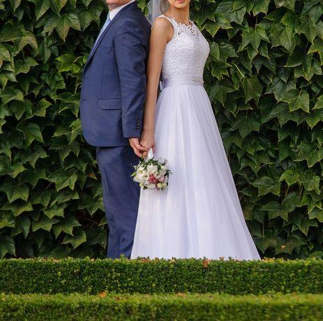 suknia ślubna muślin gipiura 36