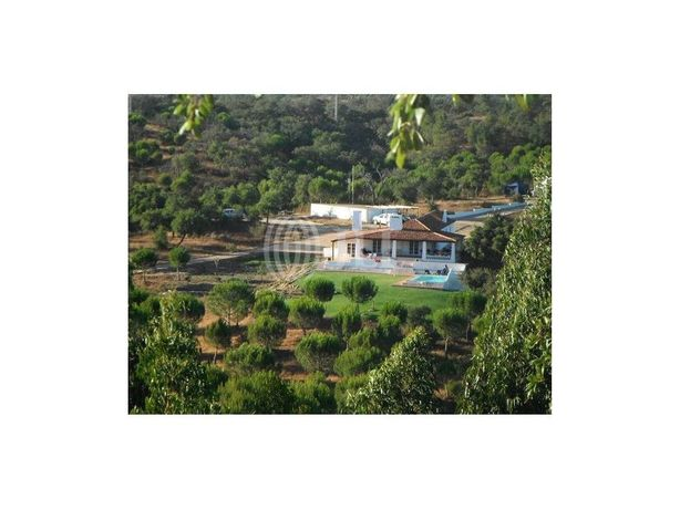 Quinta com moradia com piscina em Abela, Santiago do Cacém