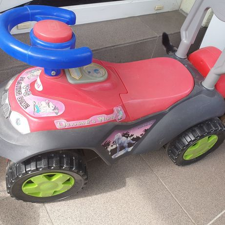 Auto.samochod Zabawka.pchacz.chodzik.jeździk samochodzik z schowkiem