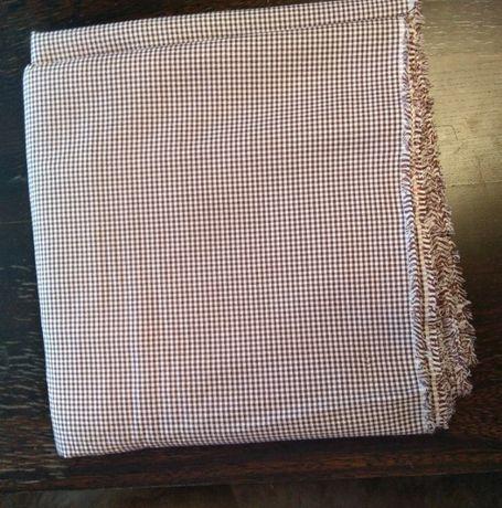 tkanina na sukienkę lub garsonkę, ze wzorem w pepitę