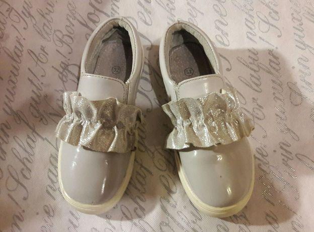 Туфли лаковые Мокасины на девочку Snall 32 размер