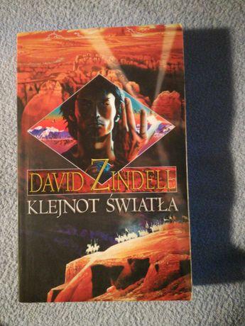 """David Zindell """"Klejnot Światła"""""""