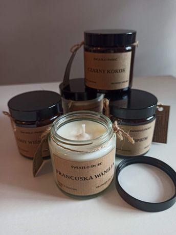 KAWA,  Opium, wanilia.  Zapachowa świeca sojowa.