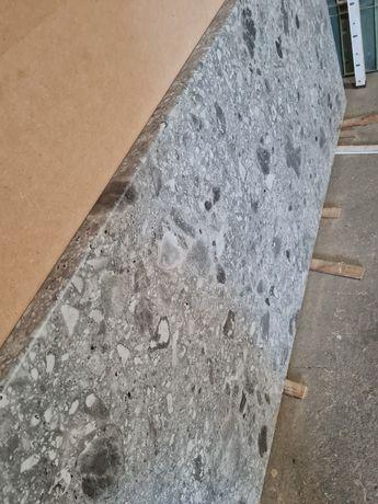 BLAT kuchenny dług.152cm szary Terrazzo EGGER F021 NOWY jak kamień