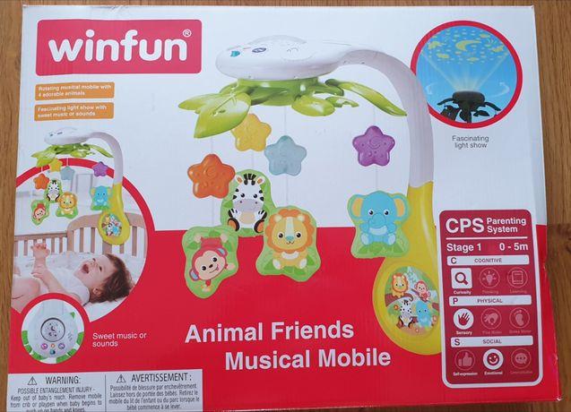 Музыкальный мобиль WinFun с проектором ночного неба