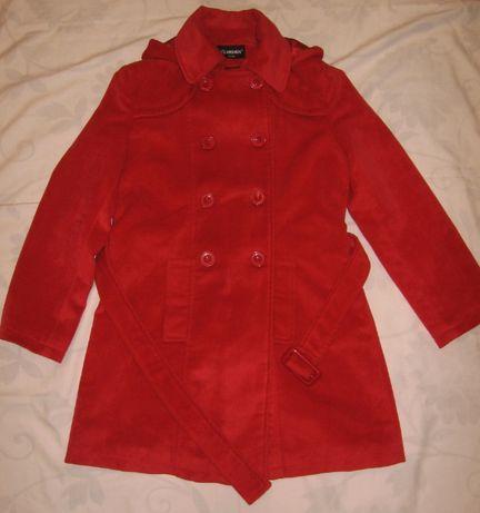 Красное деми-пальто. Размер М