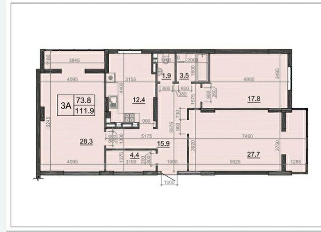 Великогабаритна трикімнатна квартира