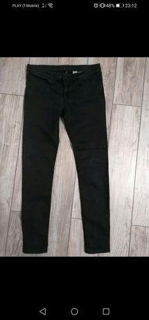 Klasyczne jeansy H&M M
