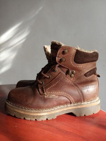 Кожание ботинки фирма BLECK FOREST 38р.