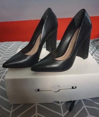 Sapatos scarpin preto da Aldo, tamanho 38/5, usado apenas uma vez.40€