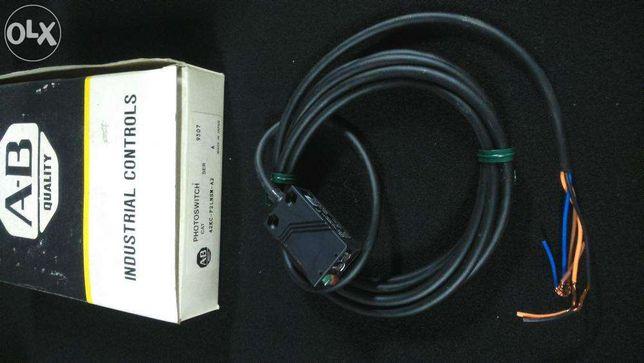 Sensor fotoeléctrico Allen-Bradley 42KC-P2LNSM-A2