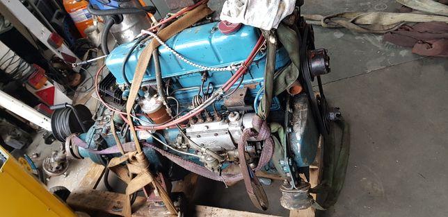 Łódź kabinowa Silnik diesel Ford zmarynizowany Marine 4 cylindry
