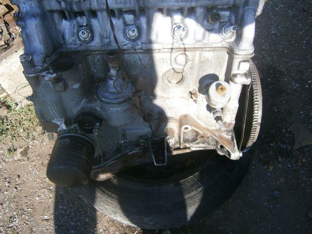 Продам б/у двигатели , ВАЗ 2103 , 2106