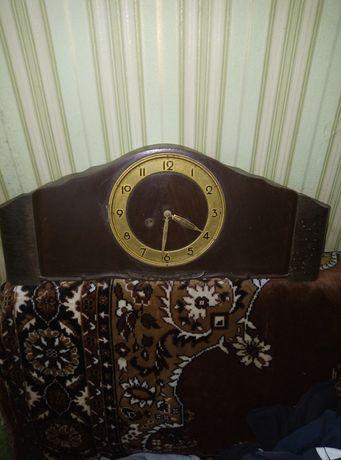 Часы.  Старинные