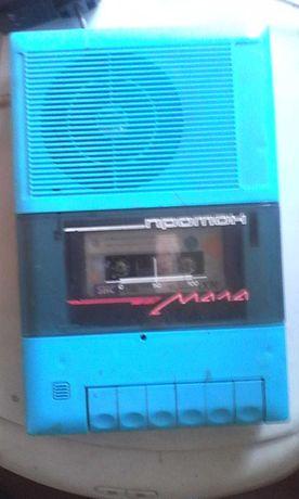 переносной  кассетный магнитофон Протон СССР