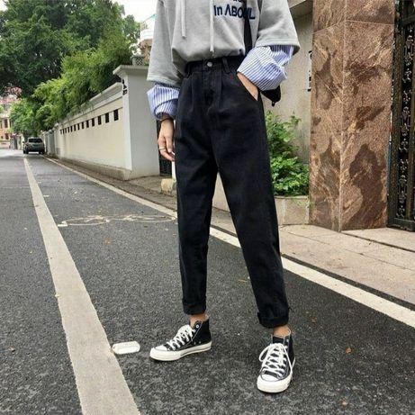 Чёрные джинсовые штаны