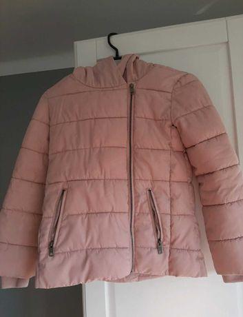 Różowa kurtka dla dziewczynki na zimę