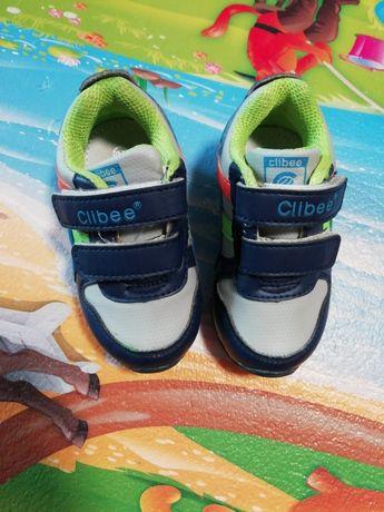 Продам кроссовочки Clibee, размер 20