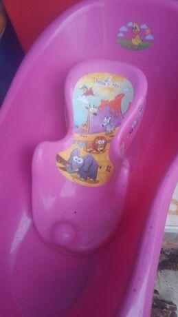 Продам детскую ванную с горкой для купания б у