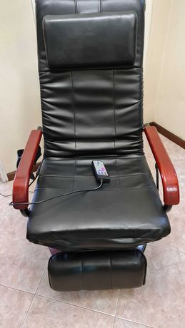 Vende-se cadeira de massagens vibratória