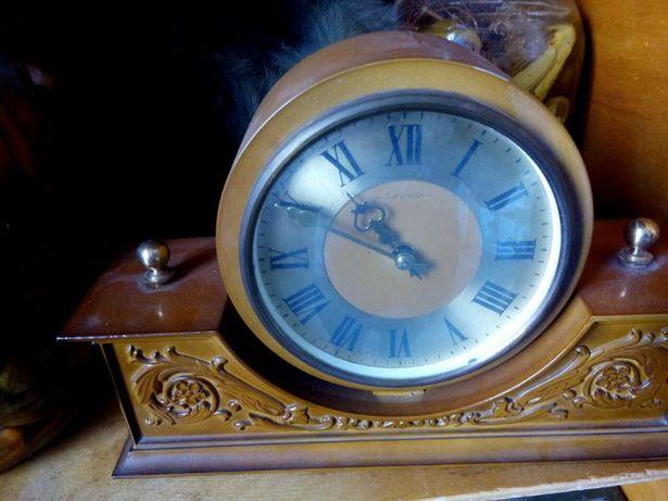 Часы механические заводные ,временСССР