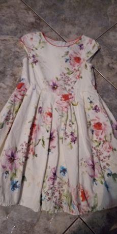 Piękna sukienka na 116cm