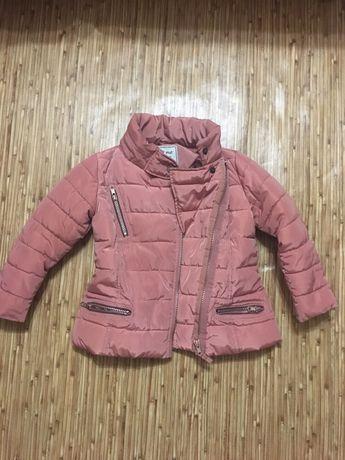 Продам курточку демисезонная Next на 3-4 года