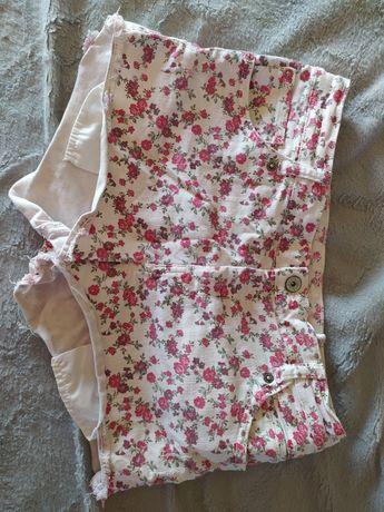 Spodenki szorty Bershka białe kwiaty jeans dżins 38