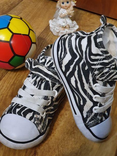 Кеды_обувь_для_девочки