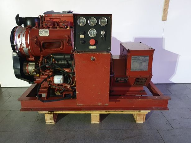 Grupo gerador de 20 kVA 1500rpm