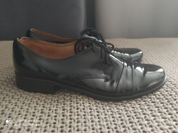 Półbuty komunijne, buty wizytowe, komunia buty lakierki roz. 34
